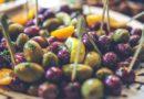 Oliwki – śródziemnomorskie delicje. Dlaczego warto je jeść?