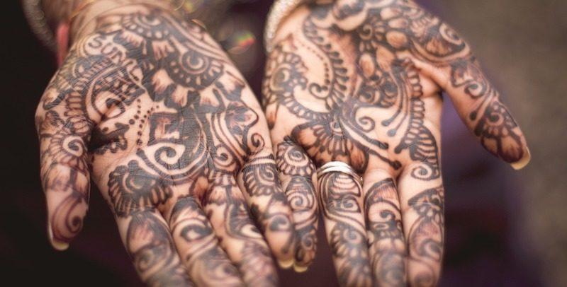 Czy Tatuaże Z Henny Są Bezpieczne Codzienna Gazeta Medyczna