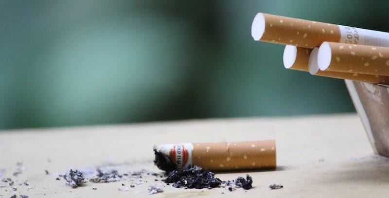 W jaki sposób palenie papierosów uszkadza nasz wzrok?