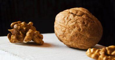 Jedzenie orzechów włoskich może pomóc w walce z rakiem piersi