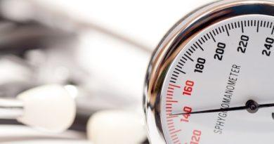 Ciężka choroba dziąseł związana z 49% wyższym ryzykiem nadciśnienia