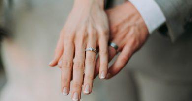 Udane małżeństwo wydłuża życie? Badania pokazują, że…