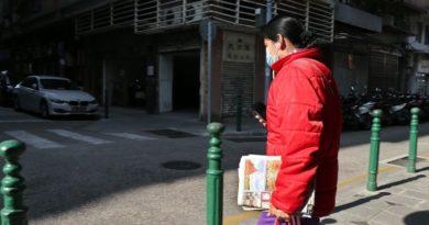 Wysoka śmiertelność podczas hospitalizacji w Wuhan wynika z…