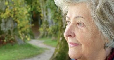 Naukowcy odkryli związek między pracą fizyczną a demencją
