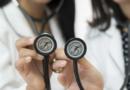 """Jakie są objawy """"utajonej zakrzepicy""""? Lekarze alarmują"""